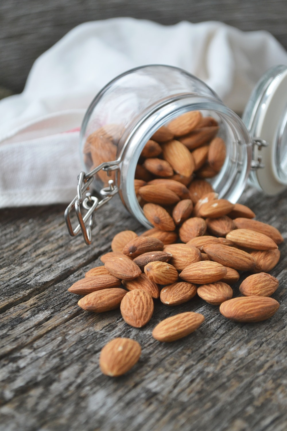 Almond Nutritional Benefits